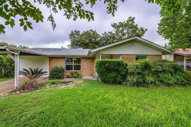 8801 Redfield Lane Austin, TX 78758